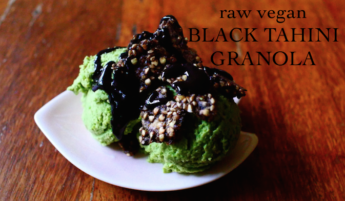 RAW VEGAN BLACK TAHINI GRANOLA