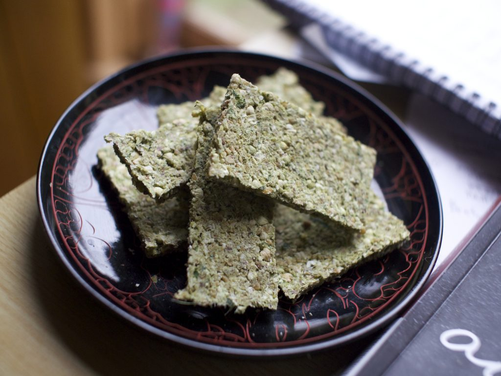 raw-vegan-nettle-flatbread-recipe